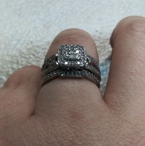 Sterling silver engagement ring size 7